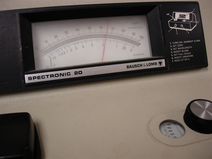 Spectronic 20 absorbance meter