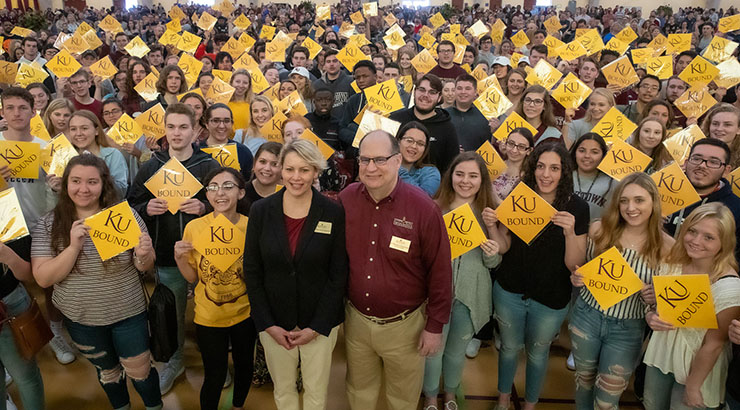 Kutztown University president Dr. Kenneth S. Hawkinson and his wife, Ann Marie Hayes-Hawkinson, with KU's 2019 freshman class.